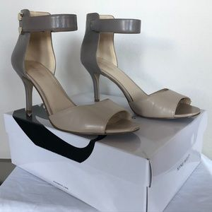 Nine West Heels – Two-Tone Grey size 9